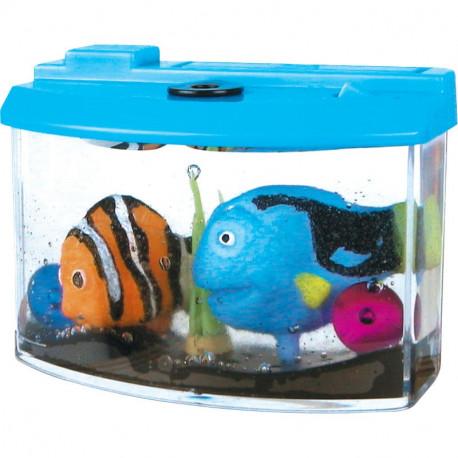 Rosnące rybki w akwarium