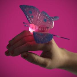 Pierścionek z motylkiem LED