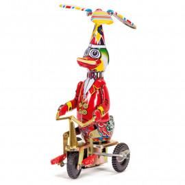 Metalowa Kaczka na rowerze