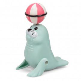 THE SENSATIONAL SPINNING SEAL