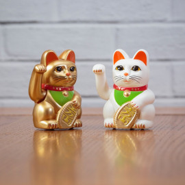 WIND UP LUCKY CAT
